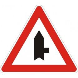 Пътен знак номер А27