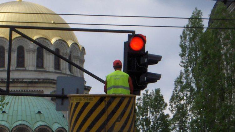 Полагане на хоризонтална маркировка в градски условия
