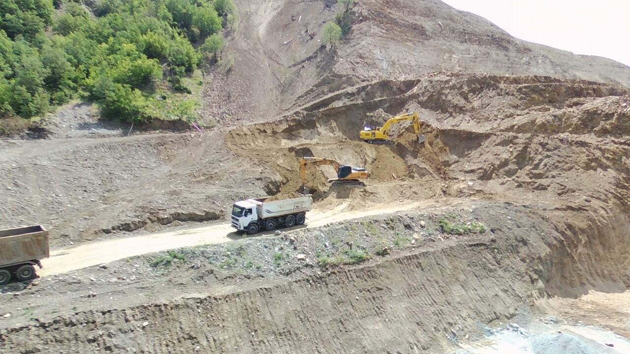 """Напредва строителството на участъка след тунел """"Железница"""" на АМ """"Струма"""""""
